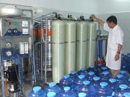 Những điểm lưu ý đặc biệt khi sản xuất kinh doanh nước đóng bình